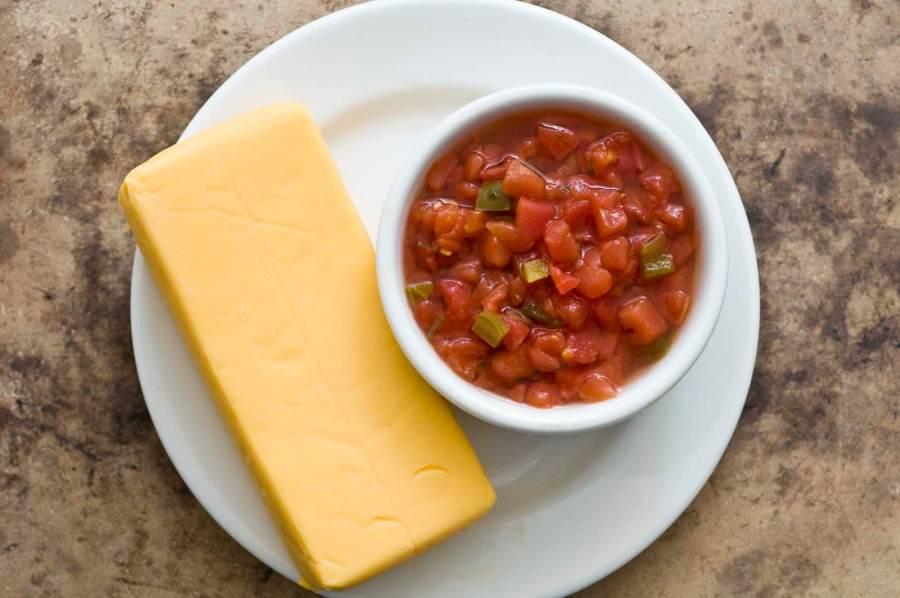 Chili parlor queso | Homesick Texan