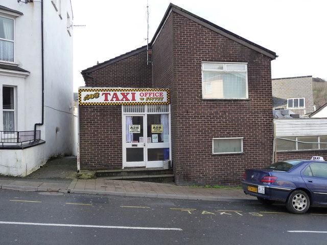 Choosing an Office for a Mini Cab Firm