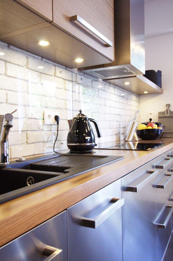 Meble kuchenne ze stali nierdzewnej  HomeSquare