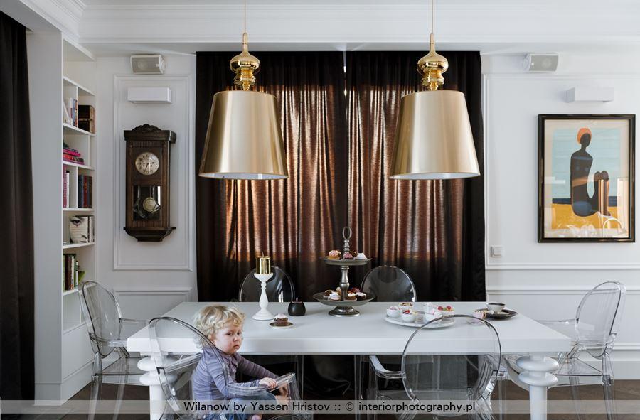 Kuchnia poczona z salonem w stylu modern classic