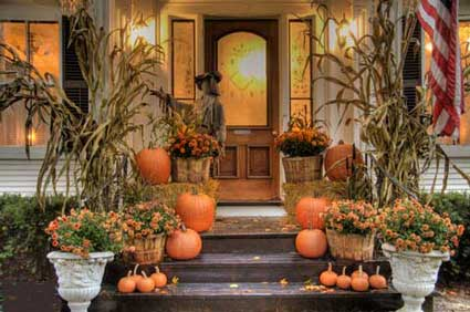 Back To The Colorful Outdoor Fall Decorating Ideas