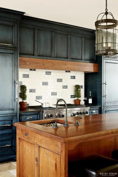navy blue painted kitchen cabinets 23 Gorgeous Blue Kitchen Cabinet Ideas