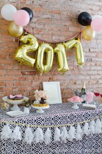 5 Easy New Years Eve Party Ideas
