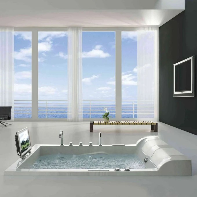 23 Bathrooms with Large Windows  Home Stratosphere