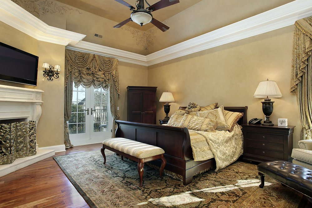 75 Impressive Master Bedrooms with Fireplaces Photo Gallery