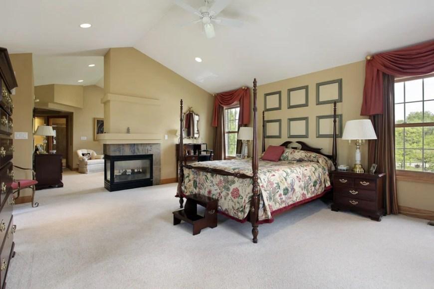 Master Bedroom (341)