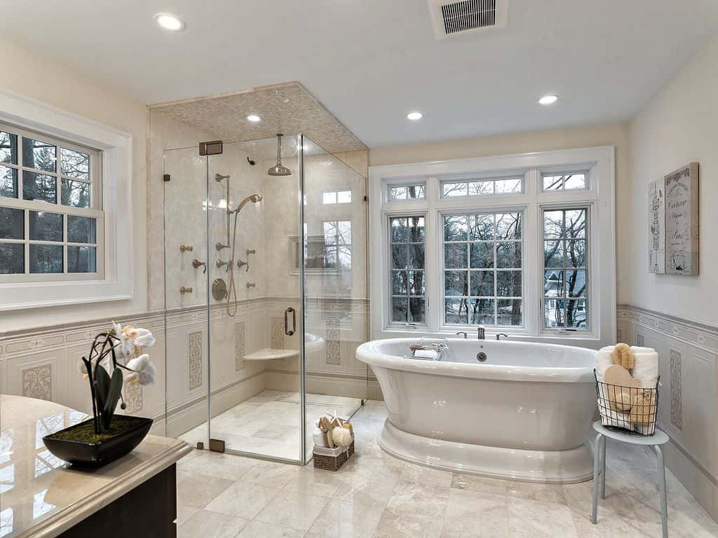 101 master bathrooms with