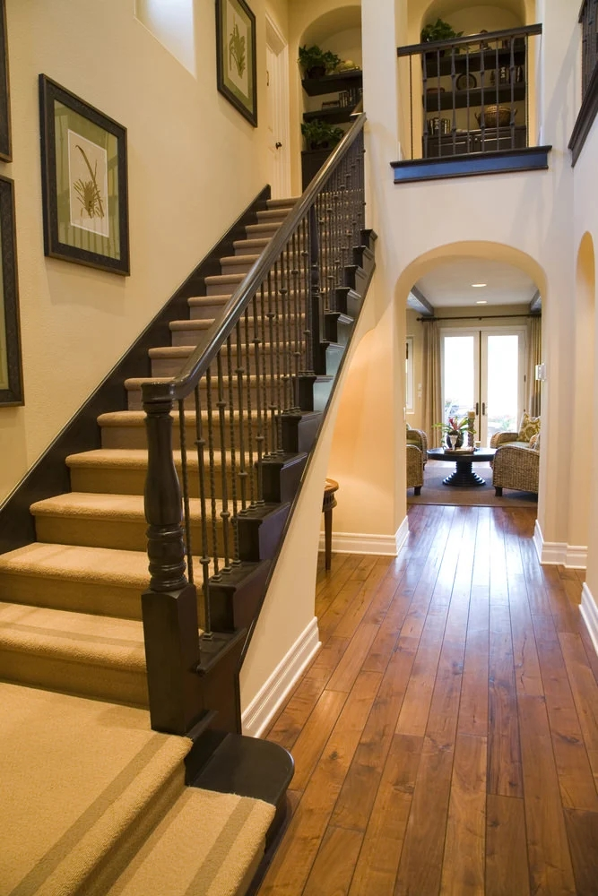 70 Staircases With Carpet Floors Photos | Carpeted Stairs To Hardwood | Textured | Fully Carpeted | Staircase | Wall To Wall Carpet | Dark Wood