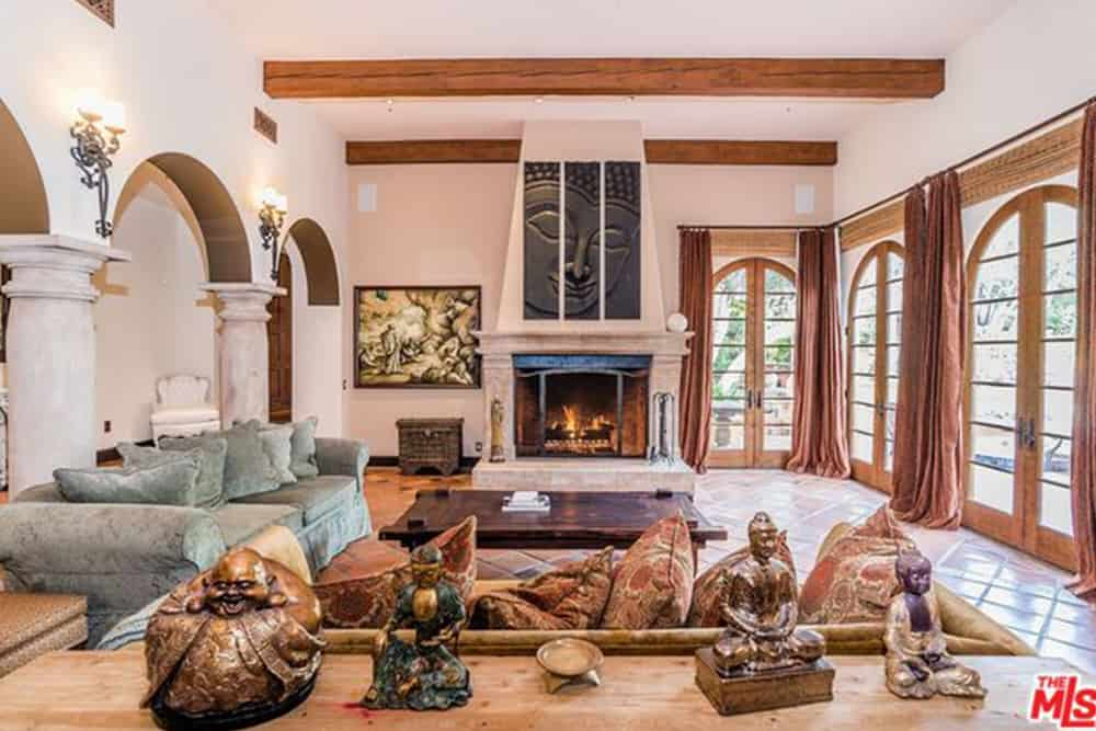 home interior ideas for living room photos well designed rooms 101 design 25 types of in a house 2019 kendall jenner s large with wood beamed ceilings