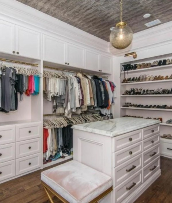 Incredible Walk-in Wardrobes Women