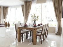 Dining table with 4 simple legs