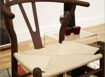 Dark brown wishbone chair.