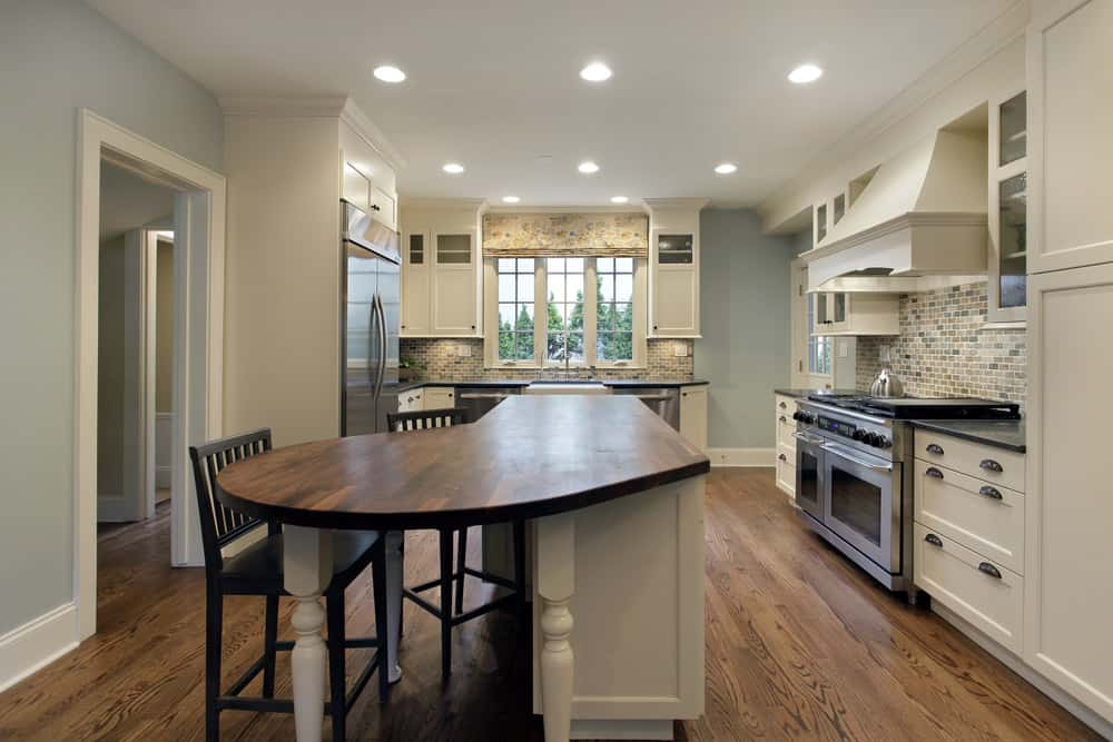 islands for the kitchen trash can 39 curved island ideas (photos)