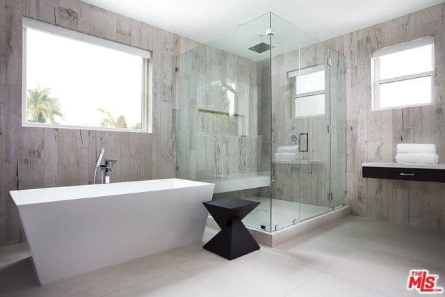 40 Master Bathrooms with Corner Showers for 2019