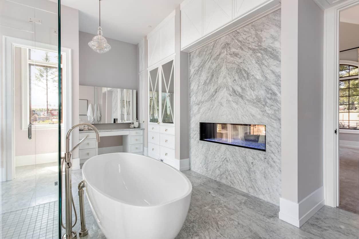 33 Elegant White Master Bathroom Ideas 2018 Photos