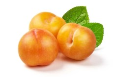 Juicy yellow plums