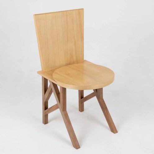 Cadeira em Madeira Maciça Sabiá