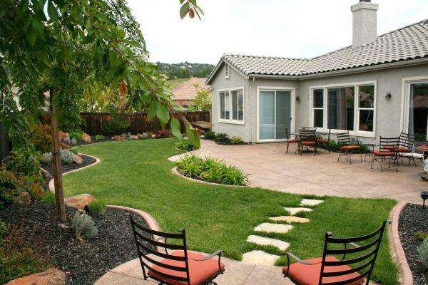 backyard appear larger (6)