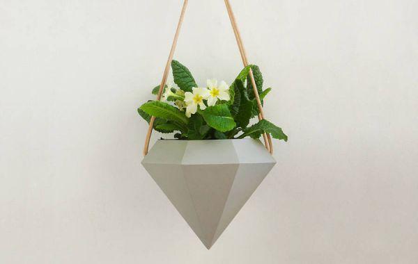 diamond-hanging-planters