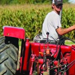 Tay Valley heritage takes first place at Lanark County plowing match