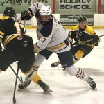 Carleton Place Canadians beat Smiths Falls Bears 2-1 in overtime