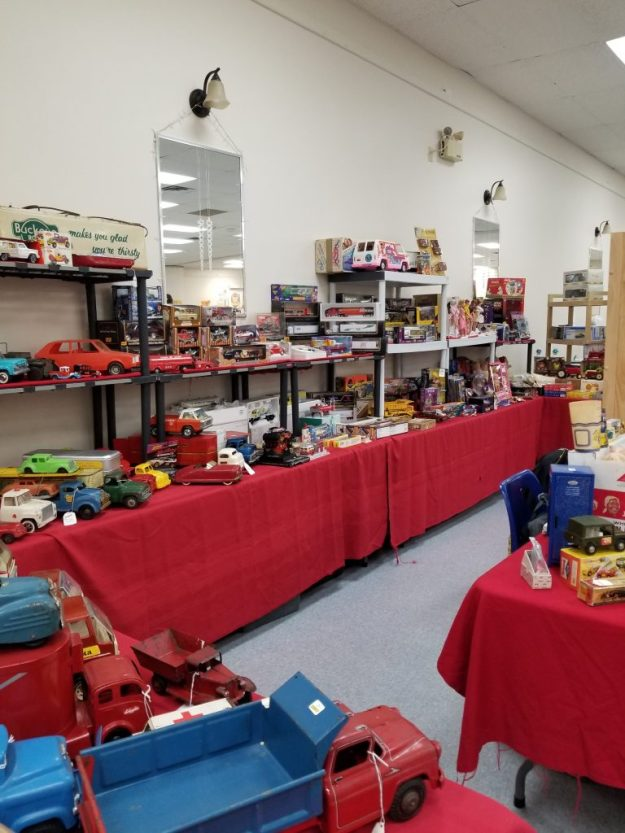 Toy & Collectible Show & Sale