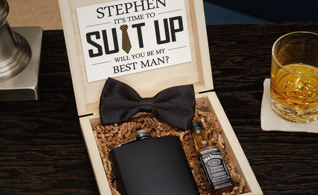 Personalized Groomsmen Gifts And Wooden Crate Set