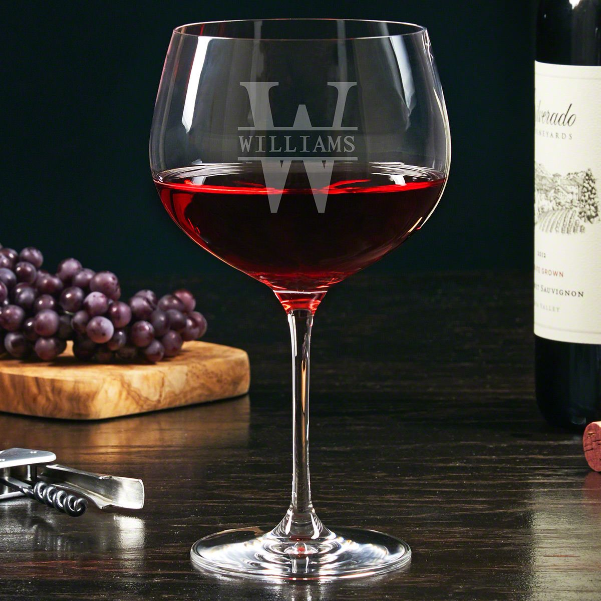 Oakmont Etched Balloon Red Wine Glass