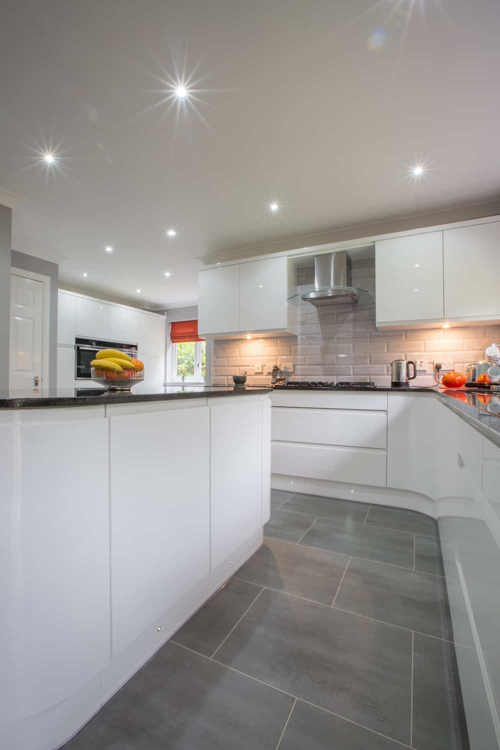 Mr And Mrs Pollards White Gloss Kitchen Kitchens Bathrooms Designed Fitted In Kirkintilloch Falkirk