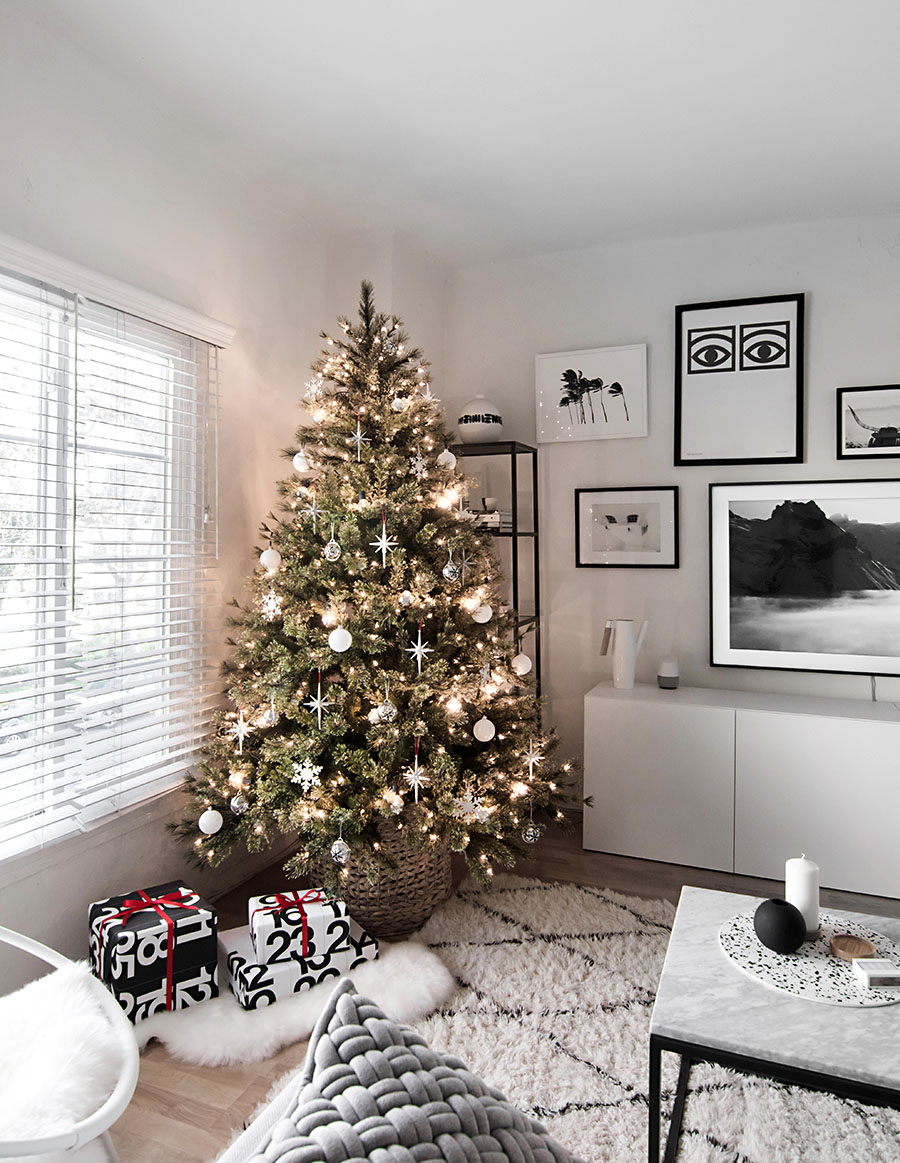 modern christmas tree homey