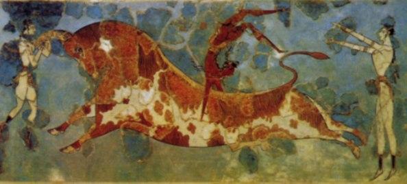 tauromachia cretese: l'uomo è quello rosso che salta il toro, le donne sono bianche.
