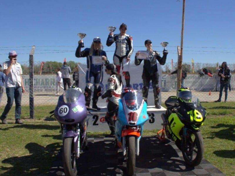 primera piloto trans motociclismo