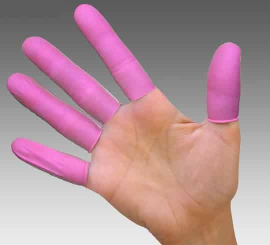 protección-sexual-lesbianas-dedales-látex-condón-dedos