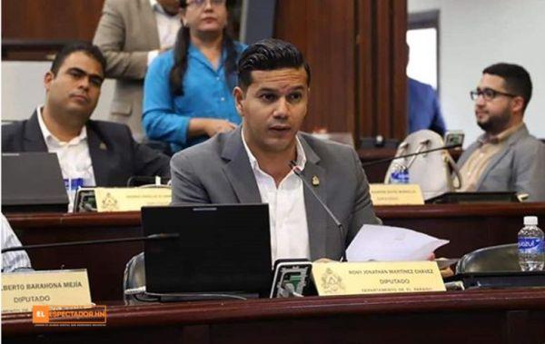Rony Martínez es un diputado en el Congreso de Honduras.
