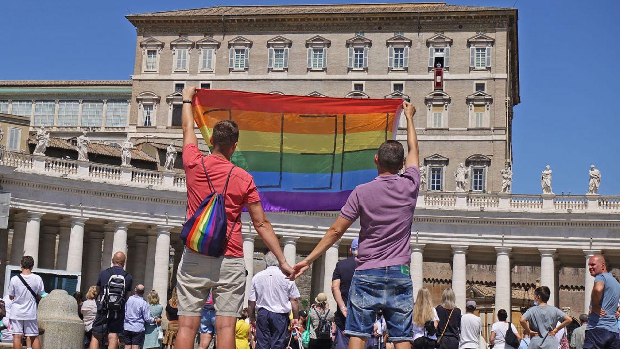 pareja gay vaticano