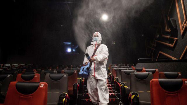 ¿Serán los cines un lugar seguro durante la pandemia?