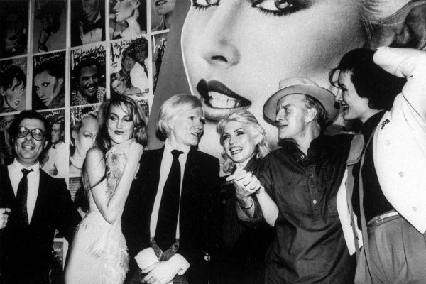 Artistas LGBT+ en la apertura de Studio 54, la meca de la música disco.