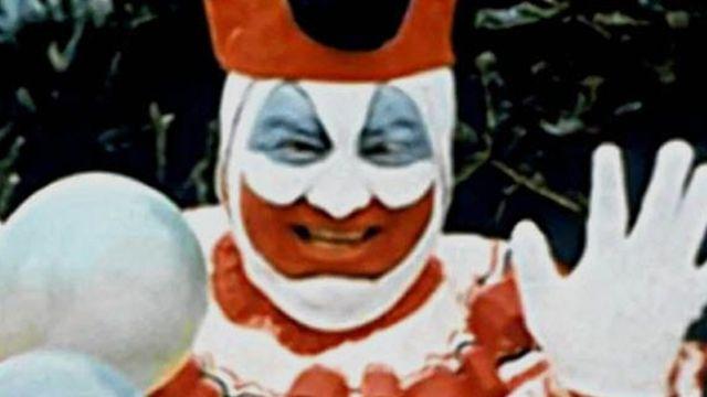 John Wayne Gacy fue un conocido asesino serial, que terminó con la vida de varios chicos gay.