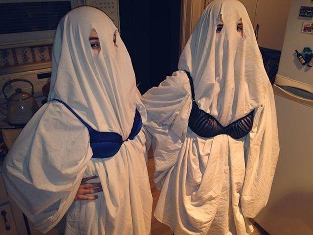 fantasmas femeninos gay estudio brasiere