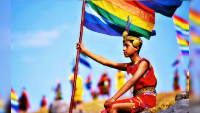 Banderas LGBT+ incas