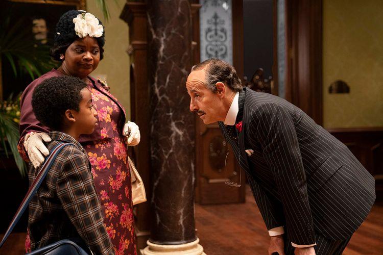 Octavia Spencer, Jahzir Bruno y Stanley Tucci en Las Brujas