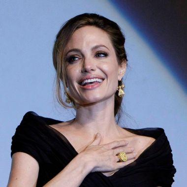 Angelina Jolie, una de las famosas LGBT+ que sobrevivió al cáncer de mama.