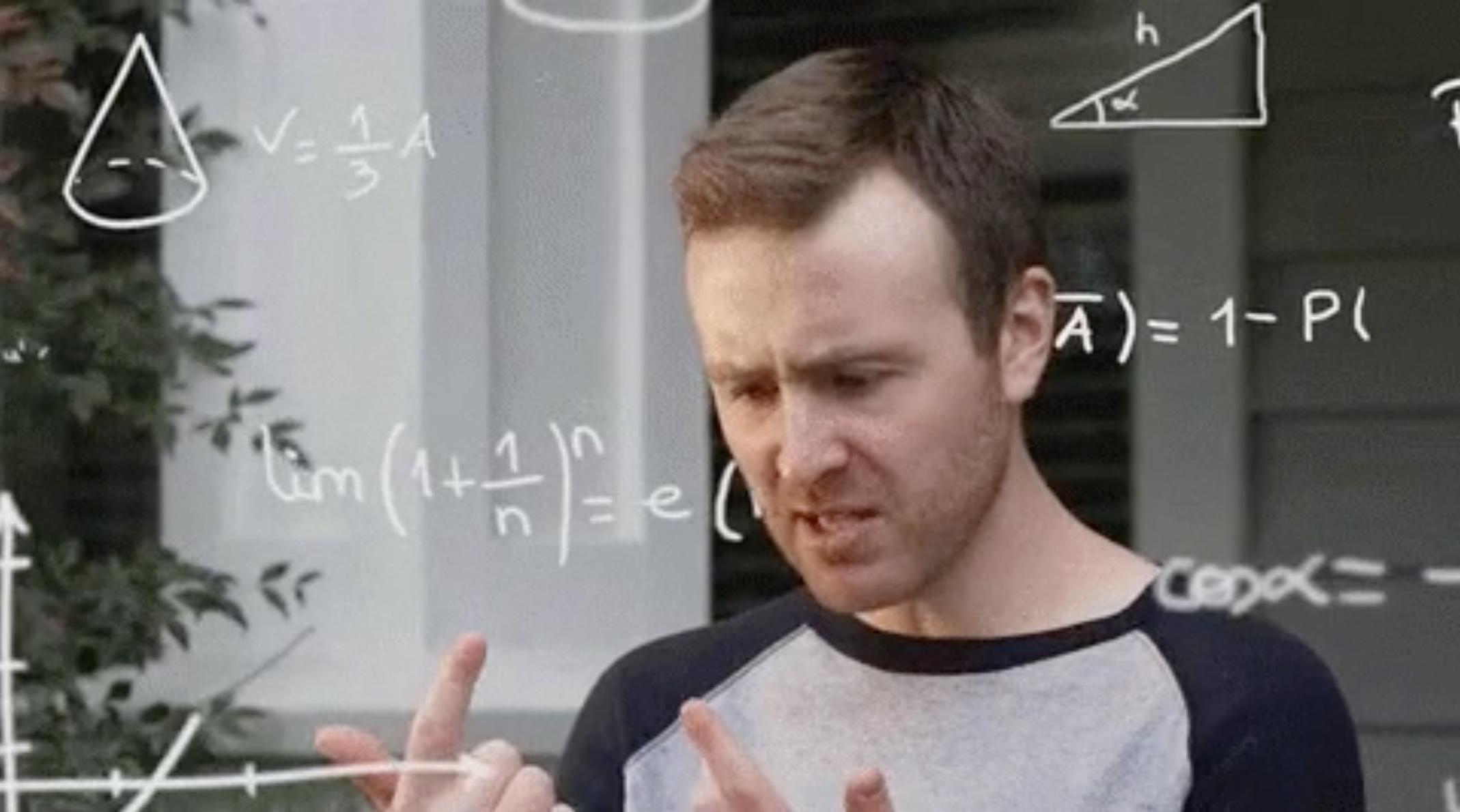 Hombre calculando