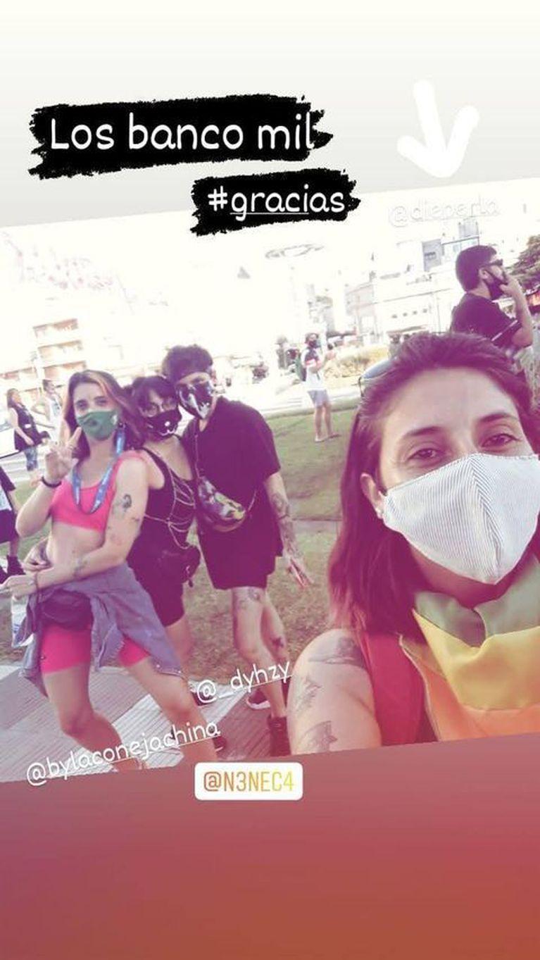dyhzy acude a marcha LGBT+ en Azul
