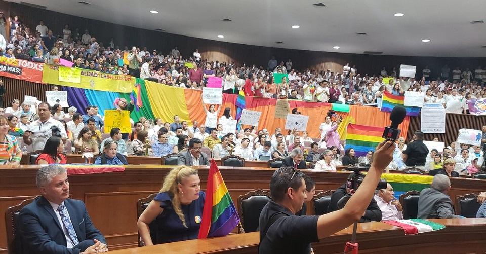 Congreso de Sinaloa rechazó el matrimonio entre personas LGBT+
