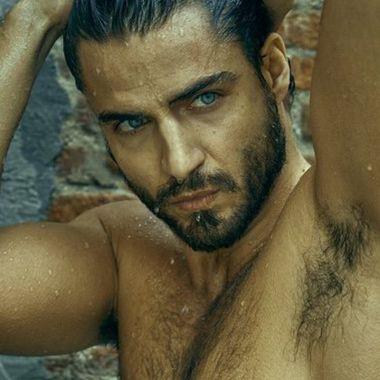 Los mejores desnudos de Maxi Iglesias