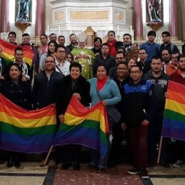 Raul Vera es un obispo pro LGBT+