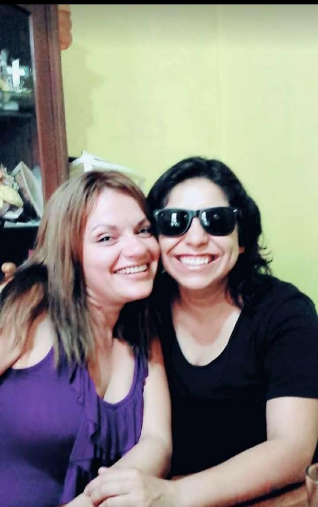 Brenda y Alejandra esposas lesbianas