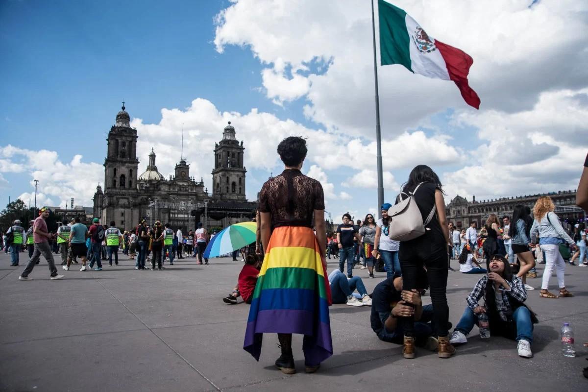 Discriminación a personas LGBT+ en instituciones públicas