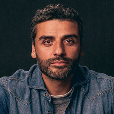 Famosos más guapos de 2021 Oscar Isaac